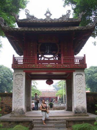 No Templo da Literatura, nosso lugar preferido em Hanoi