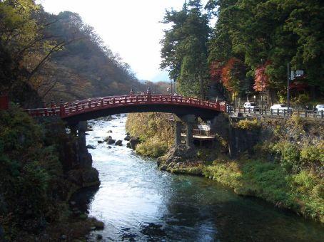Ponte Shin-kyo, uma reconstrucao da original do sec XVII.