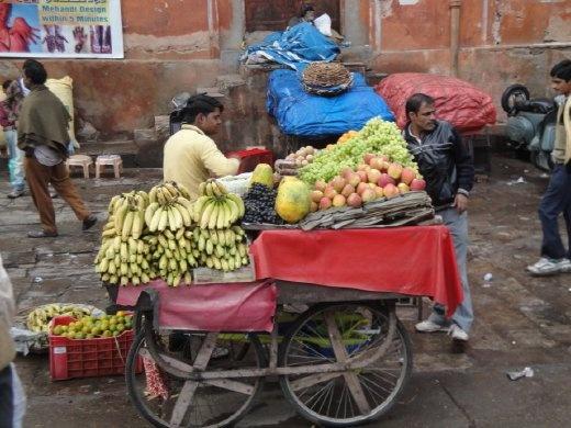A street fruit vendor  (photo: Allison Coleman)