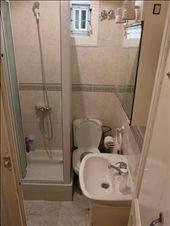 Bathroom: by ligia-richard, Views[217]
