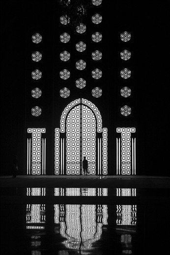 And some people are already prepared for inner reflection in Mosque Hasan II in Casablanca - one of the few mosques in the world where non Muslims also can enter inside the worship place.