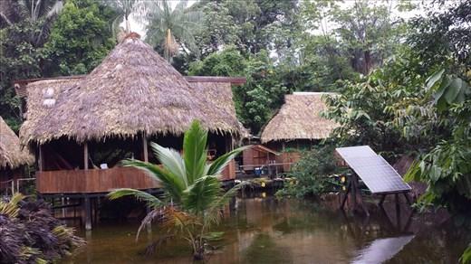 Main gathering point hut. Samoan Lodge