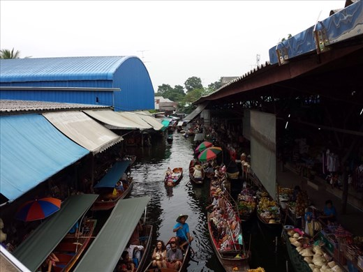 Ray and I took a day trip from Bangkok to visit a floating market.