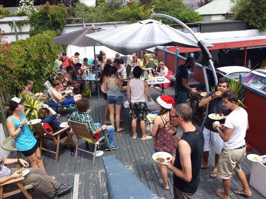 The Black Sheep Backpackers hostal was nice to treat the guests to a free Christmas lunch of salad, tuna casserole, hot dogs and veggie burgers.
