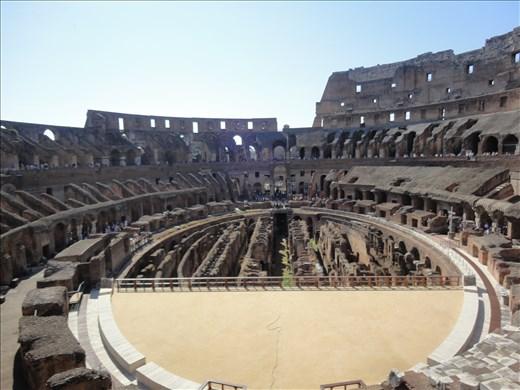 Colosseo Roma, Italy