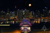 Sydney at night ~ beautiful full moon: by lizwatkins, Views[139]