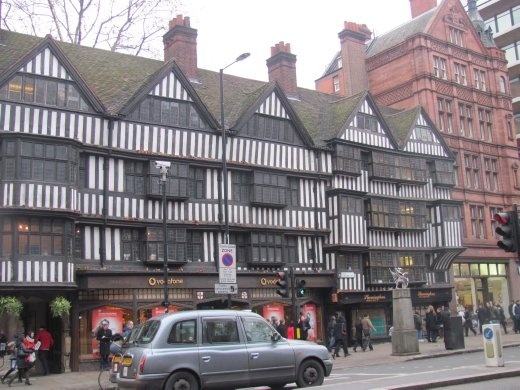 Evidence of a few medieval buildings still left in London