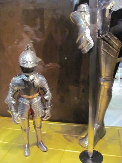 The smallest and largest armour made