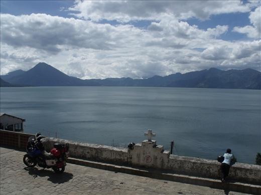 Lago Atitlán desde Santa Catarina Palopó