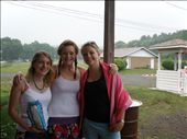 Jenny, Lauren and Sarah, getting ready to go to Skinner's Falls on our first day off!!: by loz, Views[188]