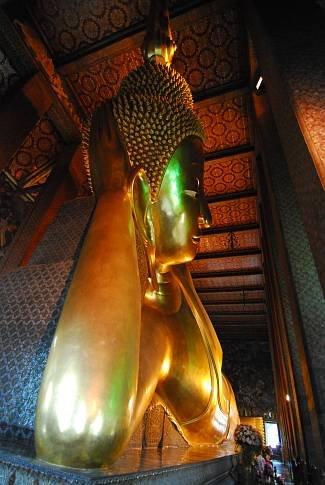 Der ruhende Buddha im Wat Pho Tempel