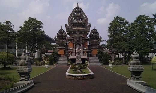 Indonesian Indah