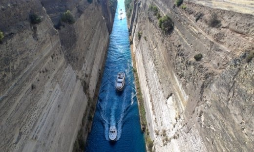 Ships passing Corinth Canal