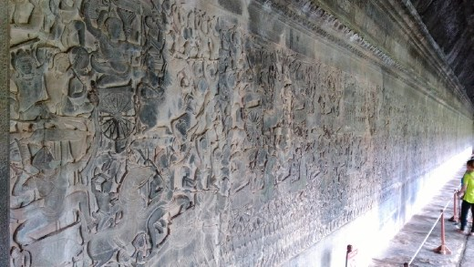 Bas relief on Southern wall depicting Mahabarata