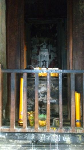 The upper level of Angkor Wat - A sleeping Buddha