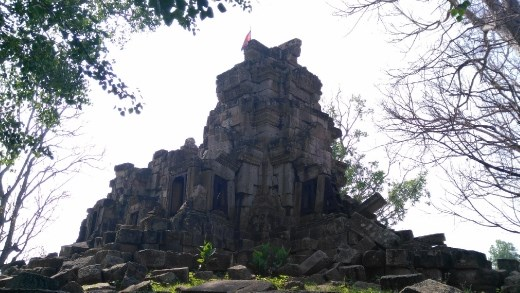 Ruins of the main temple at Wat Ek Phnom Temple