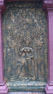 Wat Phnom - Carving: by macedonboy, Views[135]