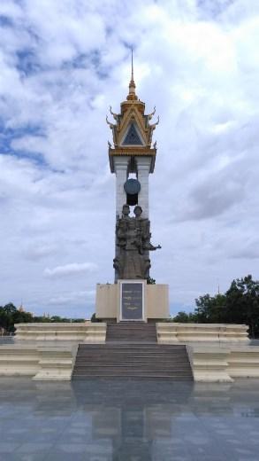 Cambodian-Vietnamese Friendship Monument at Wat Botum Park
