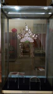 Textiles Museum -  Traditional Iban wedding headress: by macedonboy, Views[64]