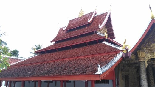Roof of Wat Mai Suwannaphumaham