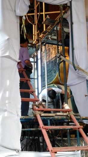 Repair work at Wat Pho