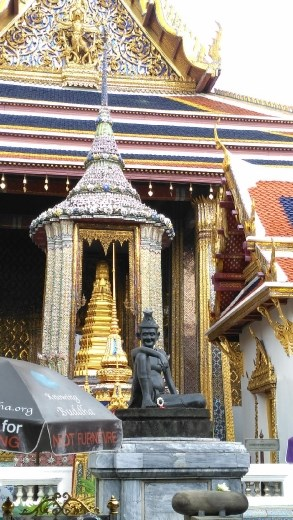 Grand Palace - Hermit Doctor at entrance