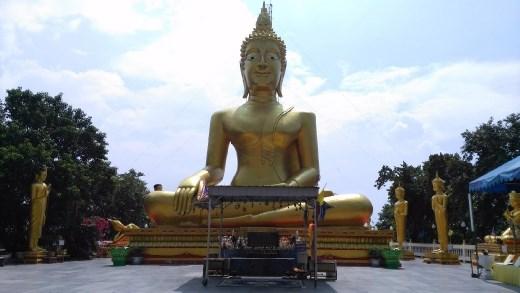 Wat Phra Khao Yai - Big Buddha