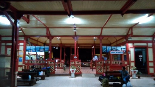 Hua Hin Railway station at night. Waiting for overnight train to Sungai Kolok
