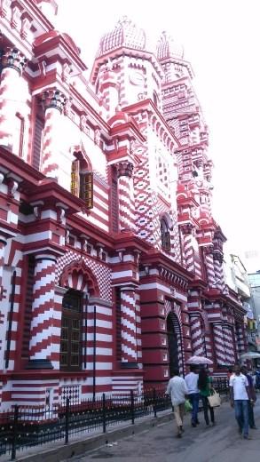 Jami Ul-Alfar Mosque from 2nd Cross Street