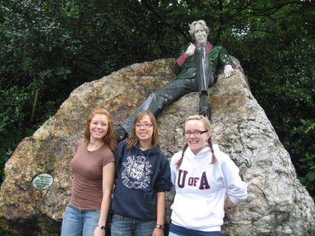 Just us and Oscar Wilde..hangin out.