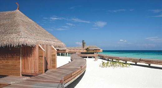 contance moofushi maldives