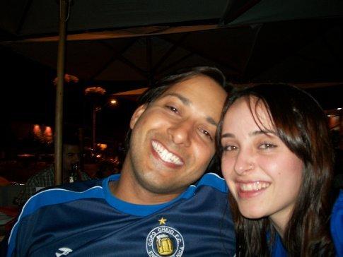 Diz ele que o sorriso era por minha causa, e não porque o Cruzeiro perdeu. rs