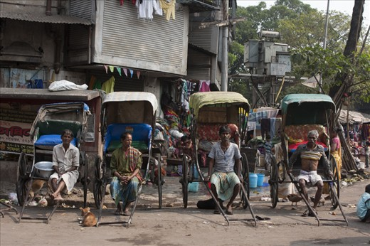 Kolkata rickshaw pullers who have been banned and can be found only in Kalighat.