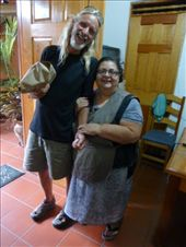 Flaco with our favourite Gordita - Rosa, who takes care of John and Reid's apartment in Oaxaca: by margitpirsch, Views[281]