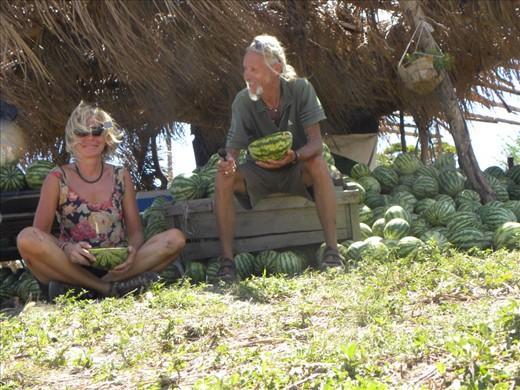 Watermelon break between Liberia and Cañas.