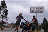 Colombia is awesome - even the police give cyclists the thumbs up!: by margitpirsch, Views[345]