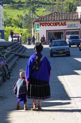 Downtown Silvia. Indigenous people all over the place.