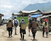 Bob with guide, Hmong women Sapa walk: by margotforrest, Views[98]