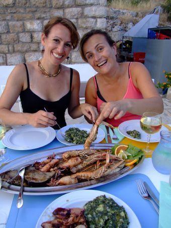 Mmmmmm, yum... And the seafood looks nice too!