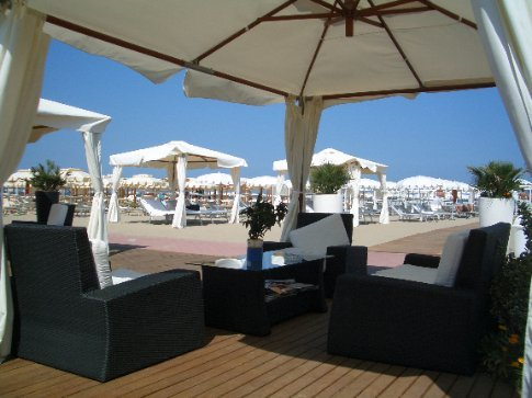 Typical beach club scene at Riccione on the coast - Maria loved it here, just quietly!