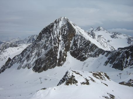 You're looking at 3000m. Pretty uncomfortable to sit on for a while, I reckon.