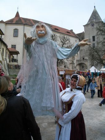 ...larger than life puppets floating amongst the mere-mortal crowd....