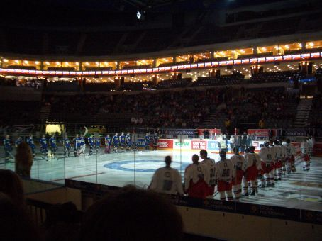Feeling somewhat sentimental we went to the Czech-Sweden hockey test to see if this year the Czechs could bring it home (felt like we were there only weeks ago!).