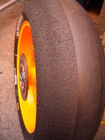 Pre-scruffed tyres