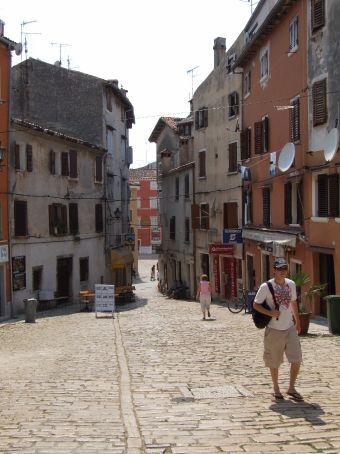 Trekking through the streets of Rovinj. In this balmy heat it's no wonder there are no other locals about!