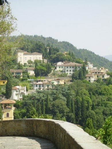 A town on the edge of Florence