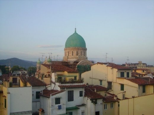 A Jewish temple, the view from my friend's roof terrace