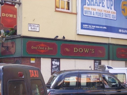 A typical Glaswegian pub...needless to say we didn't go in...