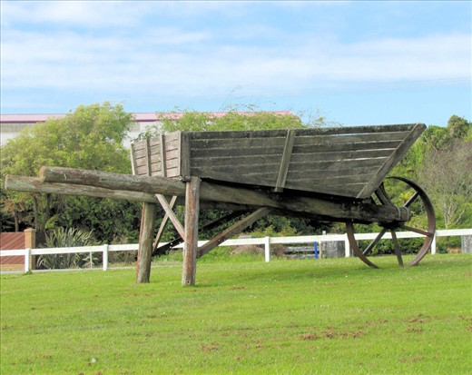 This enormous wheelbarrow which marks the southern entry into Hokitika and the pride of the town on New Zealand's West Coast is one of the world's biggest working wheelbarrows.