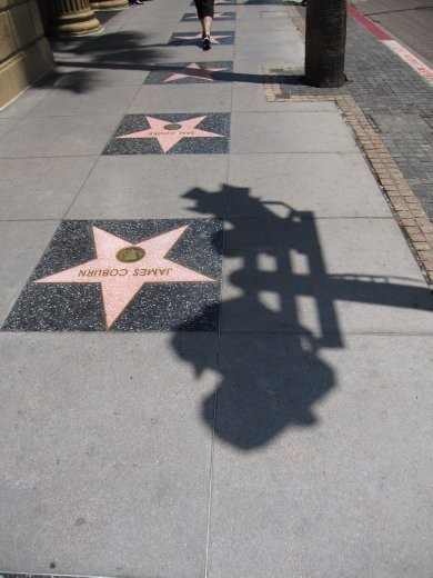 Hollywood walk of fame, packed full of tourist tourists.